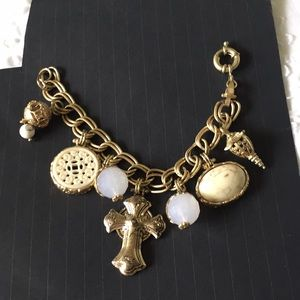NWOT Rustic Gold Charm Bracelet